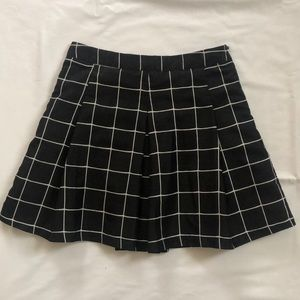 Grid pattern pleated a-line skirt